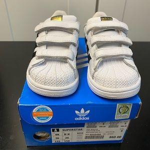Adidas superstar ( toddler size 9c)